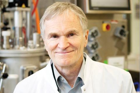 JÜRGEN FREVERT 博士